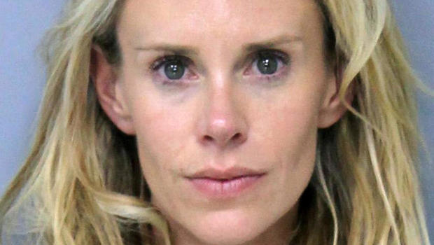 Krista Glover Lucas Glovers Wife Arrested After Altercation With Former U S Open Champion His Mom Cbs News