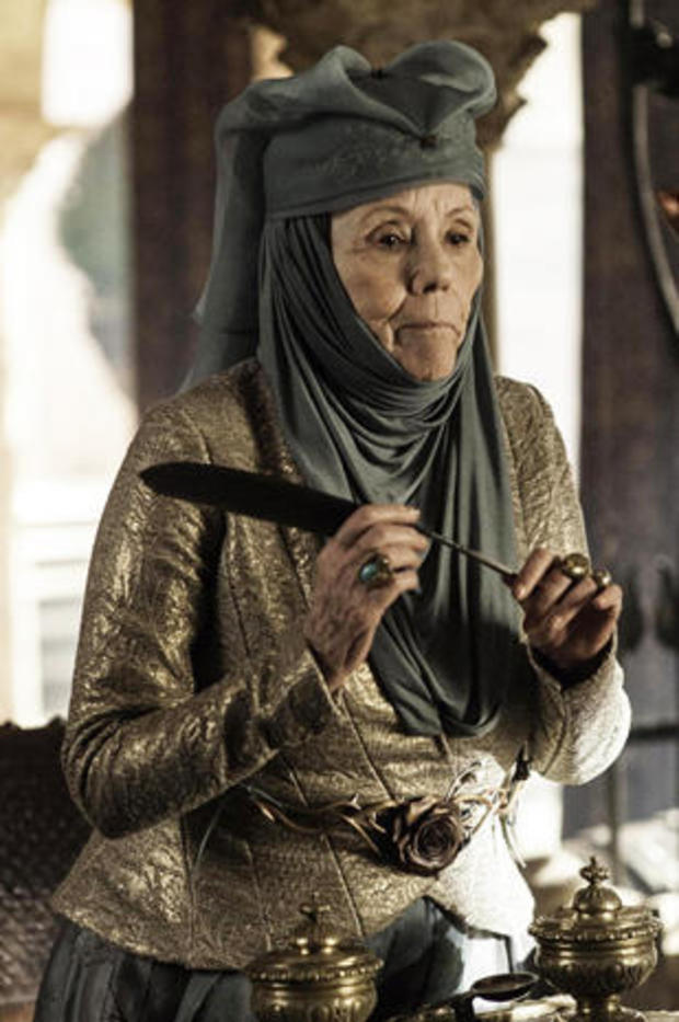 diana-rigg-as-lady-olenna-tyrell-game-of-thrones-hbo-465.jpg