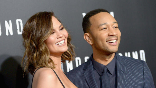 Chrissy Teigen,John Legend揭示了新生儿的名字