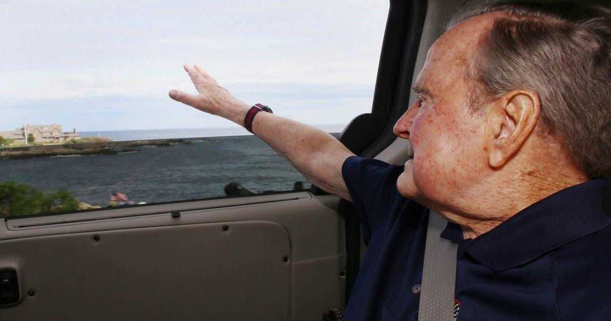 Former President George H W Bush Arrives In Maine For Summer Cbs News