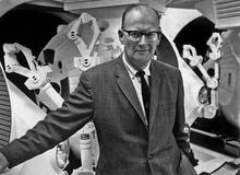 2001-arthur-c-clarke-on-set-mgm-660.jpg
