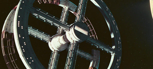 2001-a-space-odyssey-orbiting-space-station-620.jpg