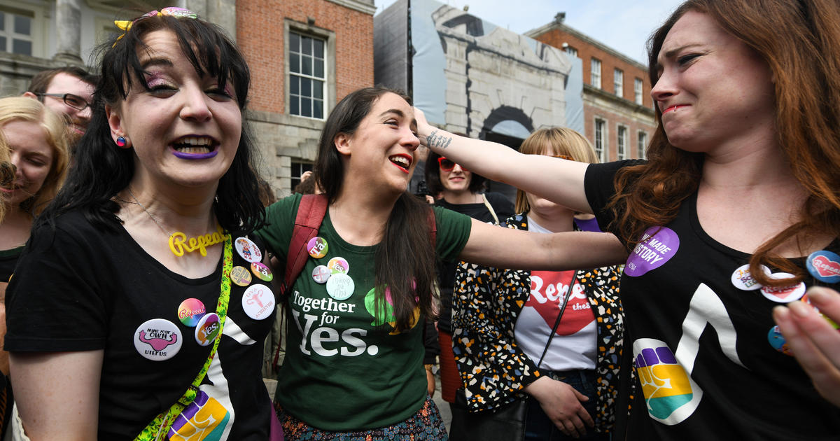 Official confirms landslide victory for abortion rights advocates in Ireland