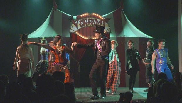 vernardos-circus-cast-and-ringmaster-620.jpg