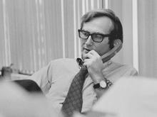 seymour-hersh-1975-the-new-york-times.jpg