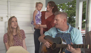 Rory Feek and family