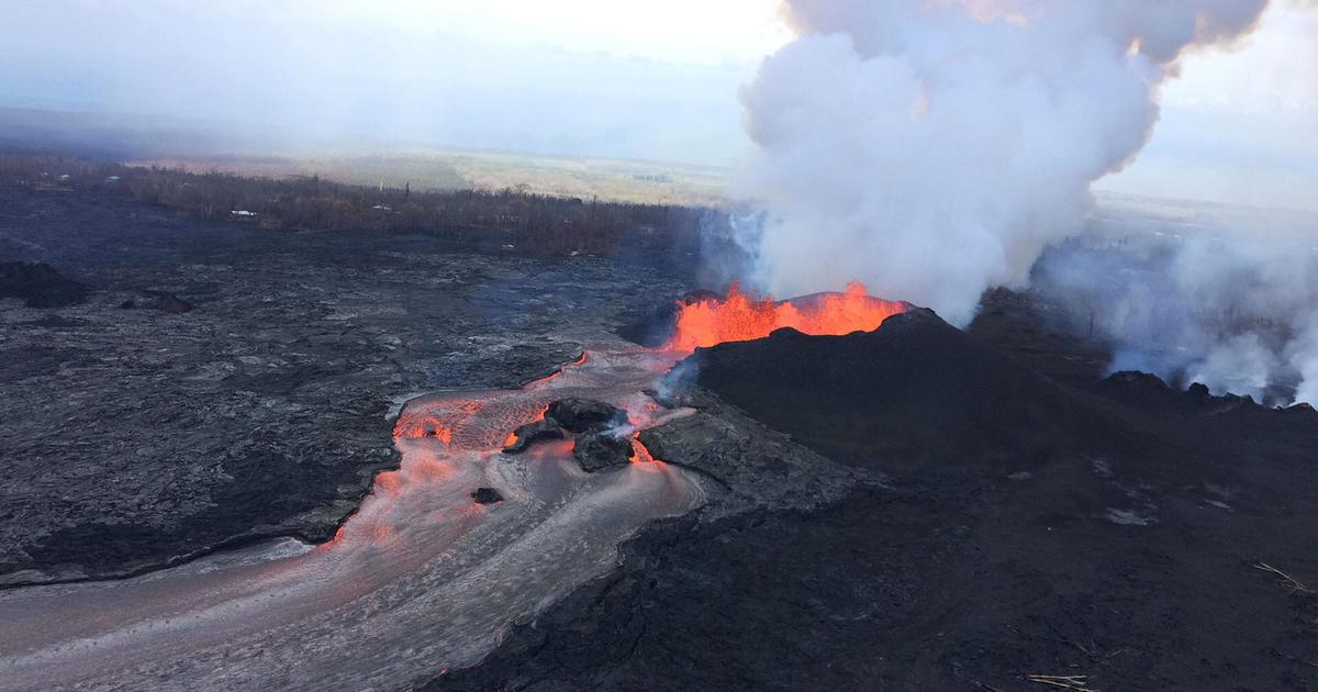 Man falls into volcano: Soldier survives 70-foot fall into active Hawaiian volcano