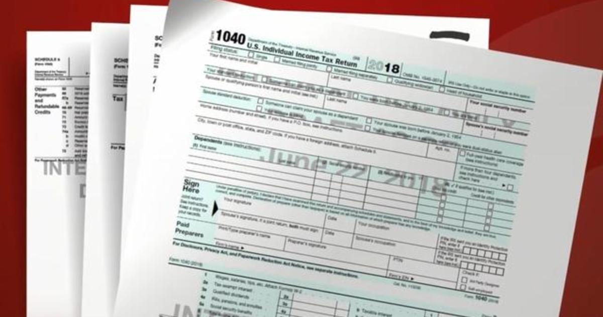 Government debuts new postcard-sized 1040 income tax form