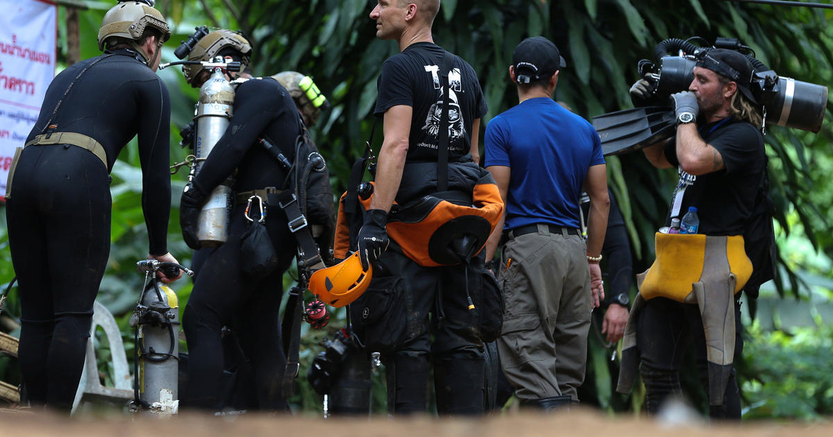 Thailand cave rescue: Soccer team still trapped as rescuers pump water, look for new entrance