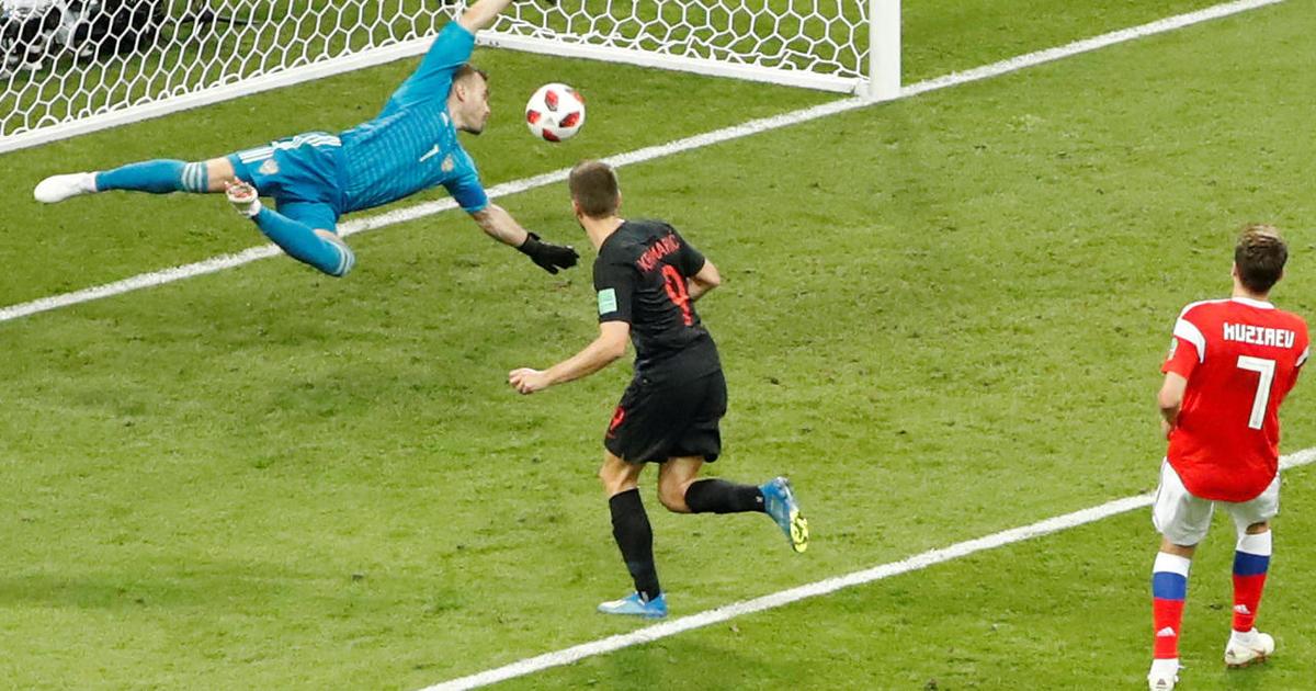 Croatia Defeats Russia In Shootout To Reach World Cup Semifinals Cbs News