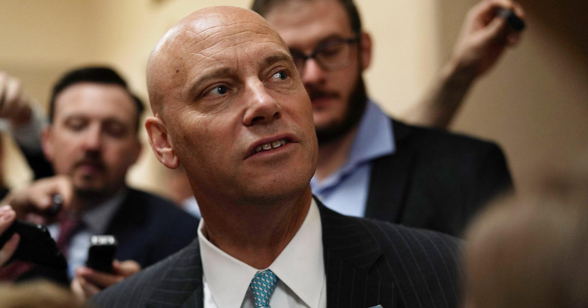 marc short top white house aide to leave trump administration cbs news. Black Bedroom Furniture Sets. Home Design Ideas