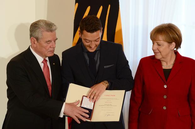 FBL-WC-2014-GER-GERMANY-POLITICS