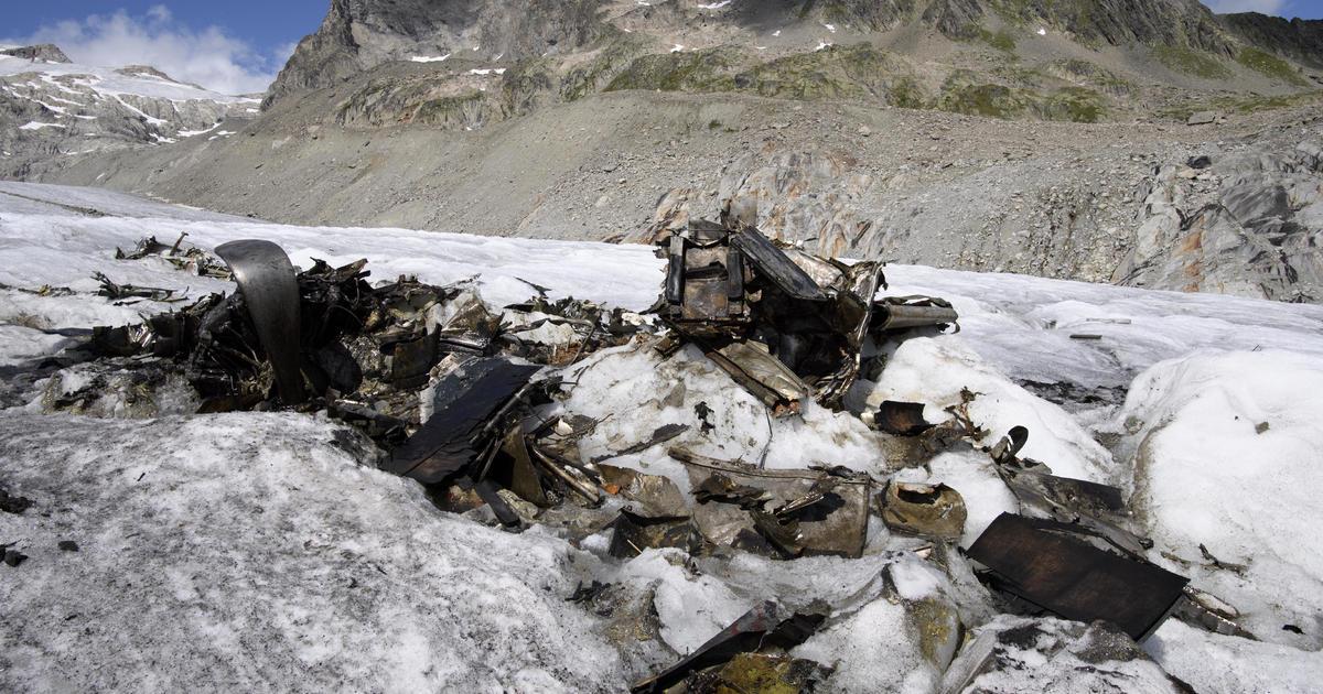 melting glacier uncovers us wwii plane that crashlanded