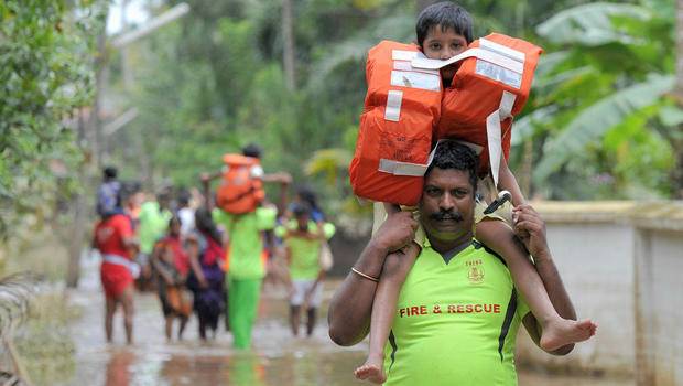 Kerala, India, flooding kills hundreds