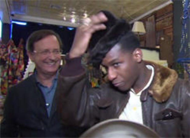 leon-bridges-tries-on-hats-244.jpg