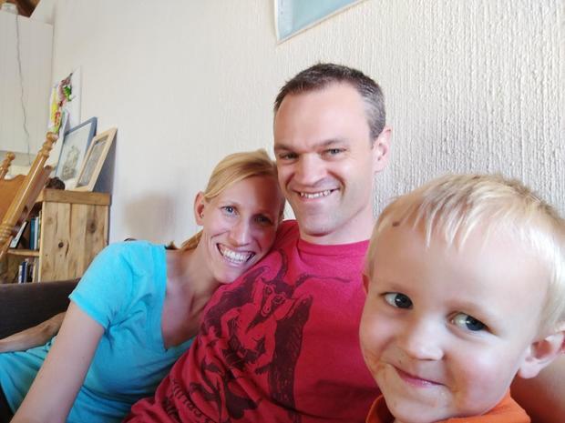 williams-family-giraffe-attack.jpg