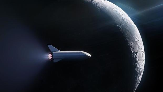 SpaceX signs up first private moon traveler