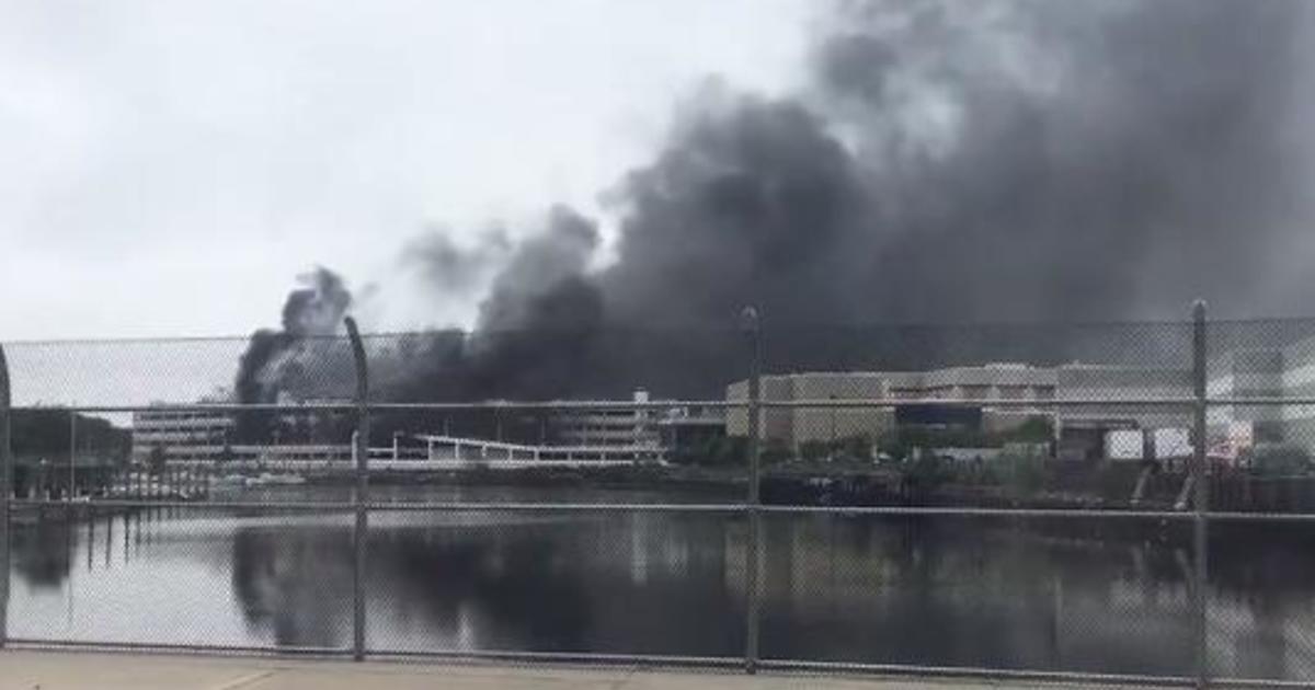 Kings Plaza Shopping Center Fire Parking Garage Blaze Destroys Cars