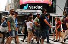 NASDAQ Falls On Tech Company Earnings Reports