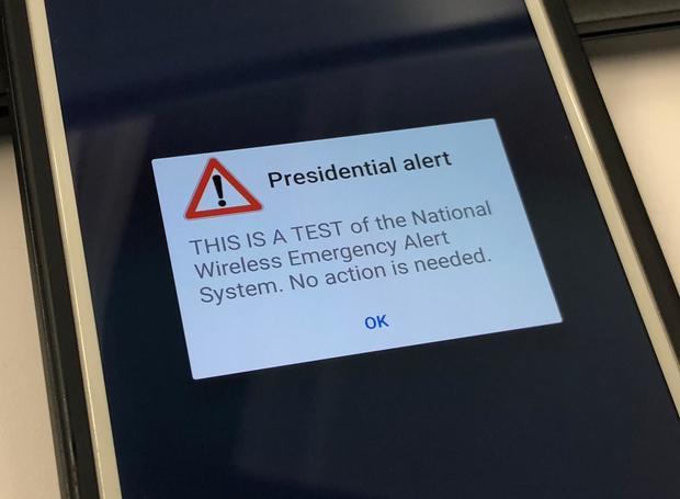20181003-presidential-alert-cellphone-test.jpg