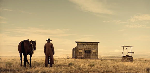james-franco-and-a-bank-the-ballad-of-buster-scruggs-620.jpg