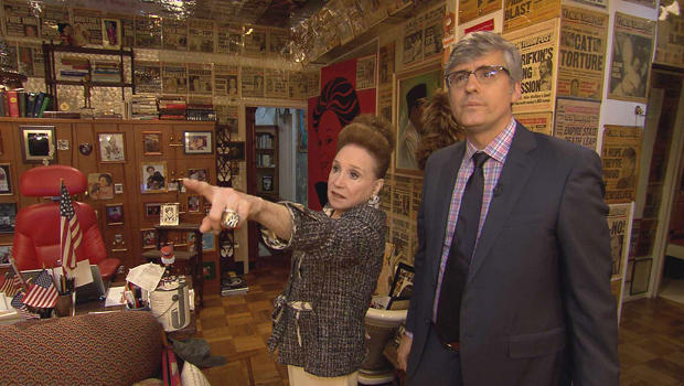 cindy-adams-with-mo-rocca-in-her-office-620.jpg