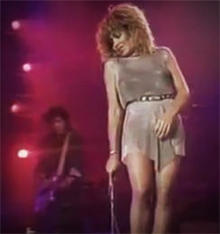 tina-turner-on-stage-244.jpg