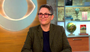 """Transparent"" creator Jill Soloway on being ""non-binary"""