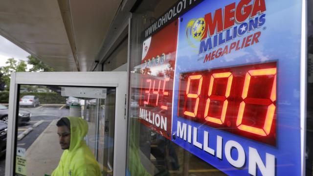 Mega Millions jackpot $1 billion: Winning numbers drawing announced