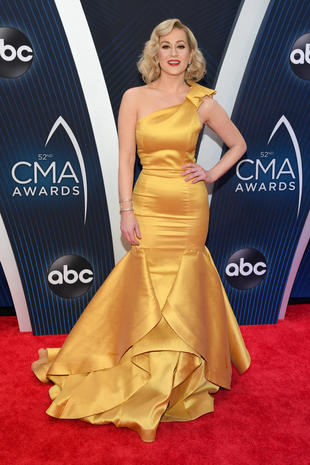 CMA Awards 2018 red carpet