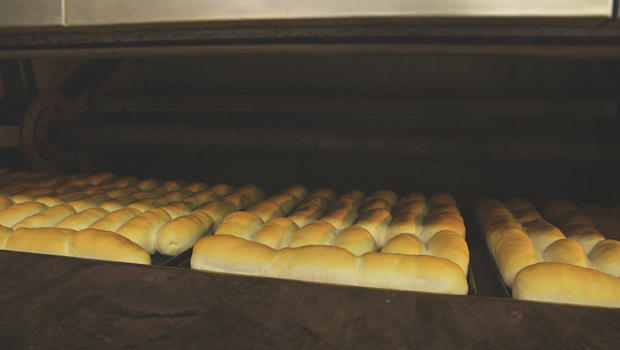 pepperoni-rolls-in-the-oven-620.jpg