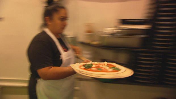 deaf-pizza-mozzeria-620.jpg