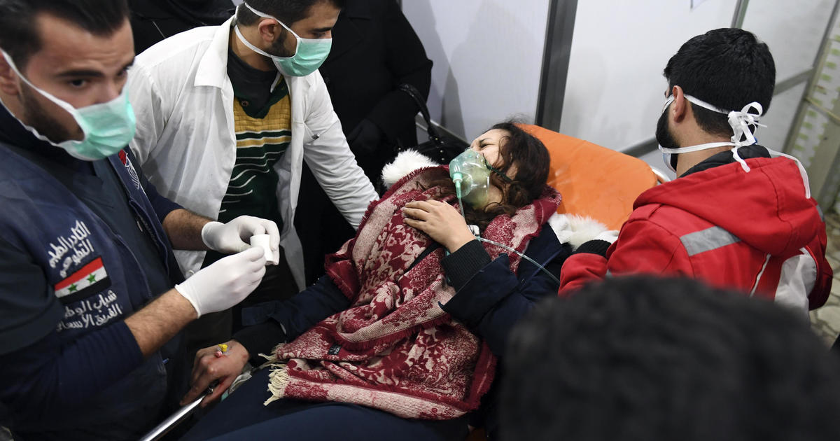 Russian airstrikes in Syria after alleged Aleppo poison gas attack test ceasefire