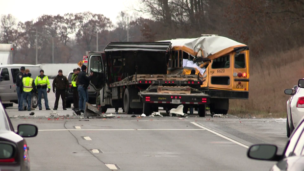 181205-wsbt-bus-truck-crash-01.png