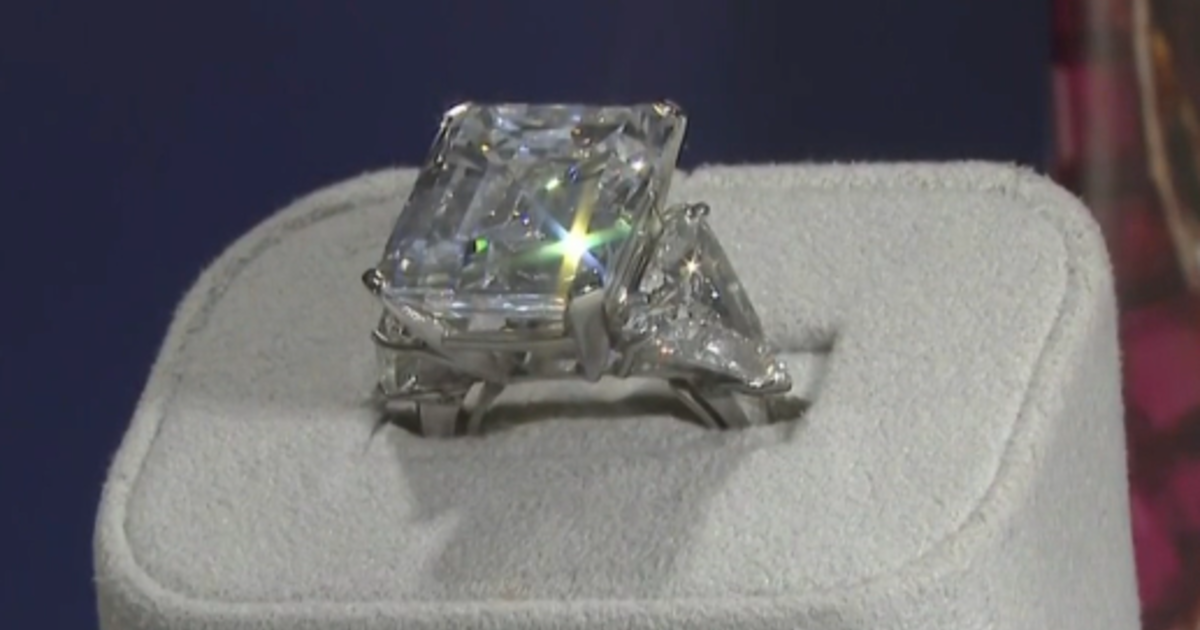 Engagement Ring Frank Sinatra Presented To His Fiancee