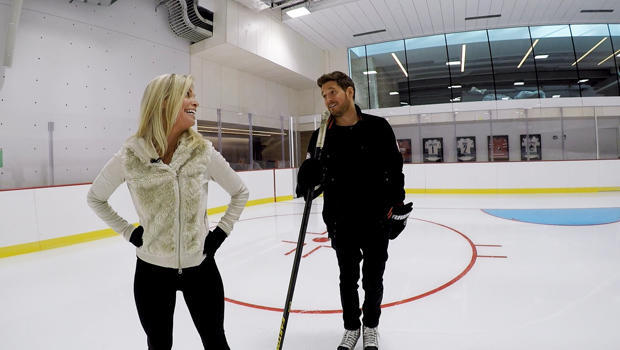 michael-buble-tracy-smith-hockey-rink-620.jpg