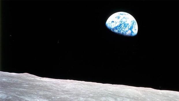 earthrise-as-seen-by-apollo-8-122468-nasa-620.jpg