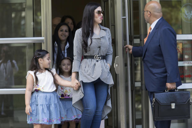 """El Chapo"" reduced to tears as wife, daughters appear in court"