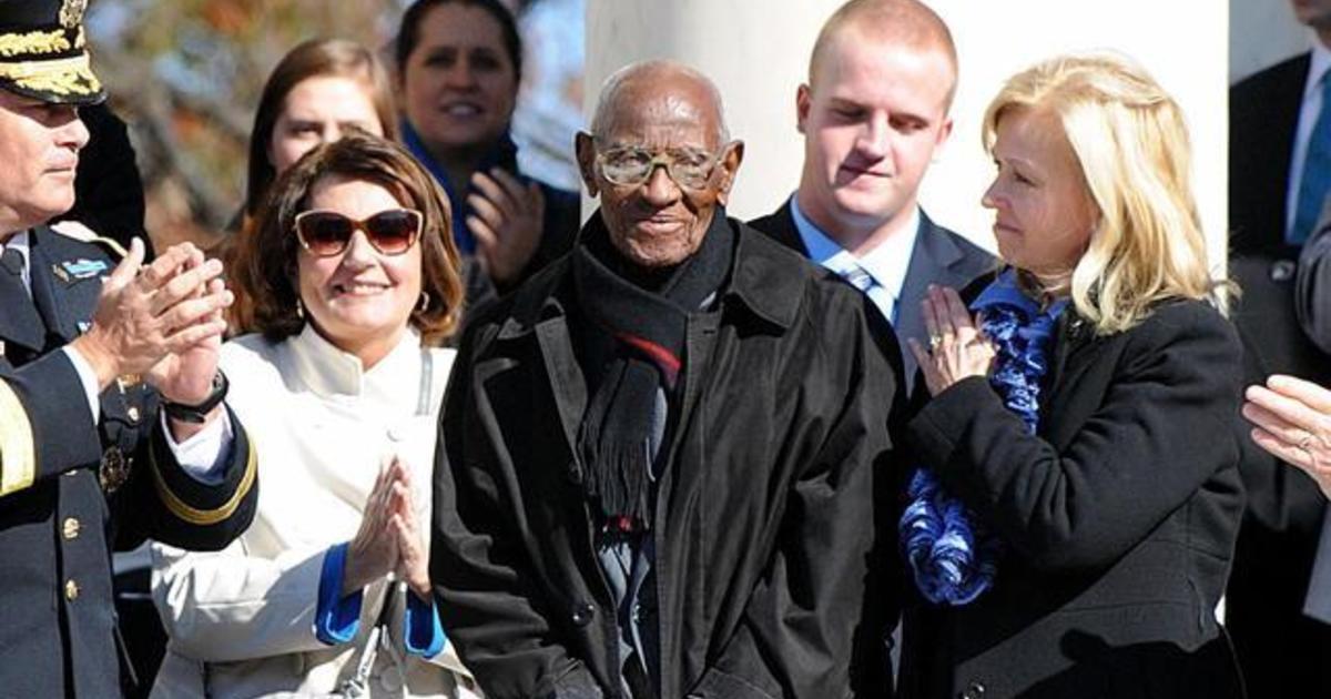richard overton america s oldest veteran dies at 112 cbs news