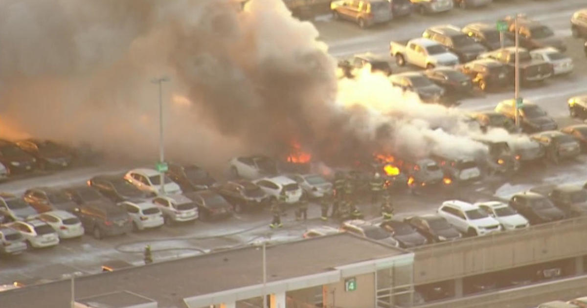 newark airport fire today  several cars burned in parking garage blaze