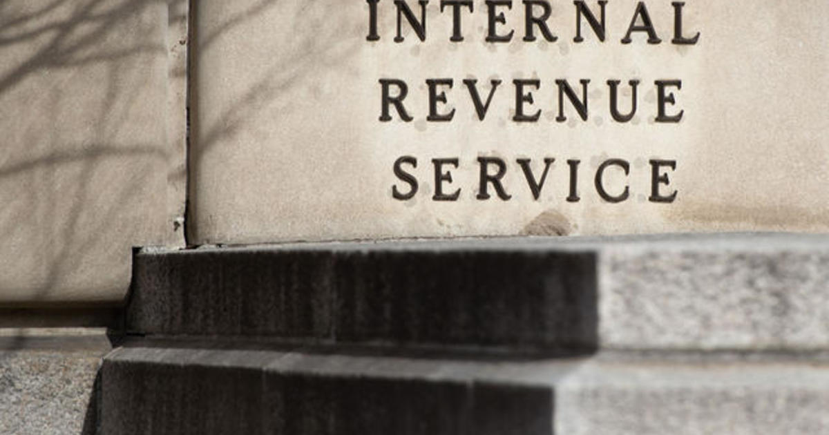 The IRS' own projections show it's falling behind on refunds