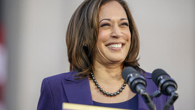 cbsn-fusion-sen-kamala-harris-campaigns-in-south-carolina-thumbnail-1785351-640x360.jpg