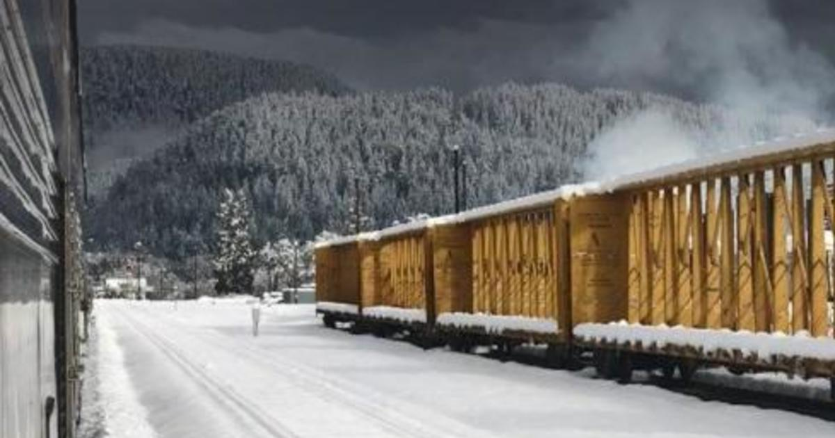Amtrak train stranded more than day-and-half on snowy tracks