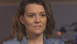"Brandi Carlile, the ""underdog,"" surrounded by love"