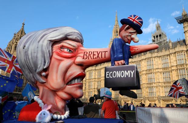 TOPSHOT-BRITAIN-POLITICS-EU-BREXIT