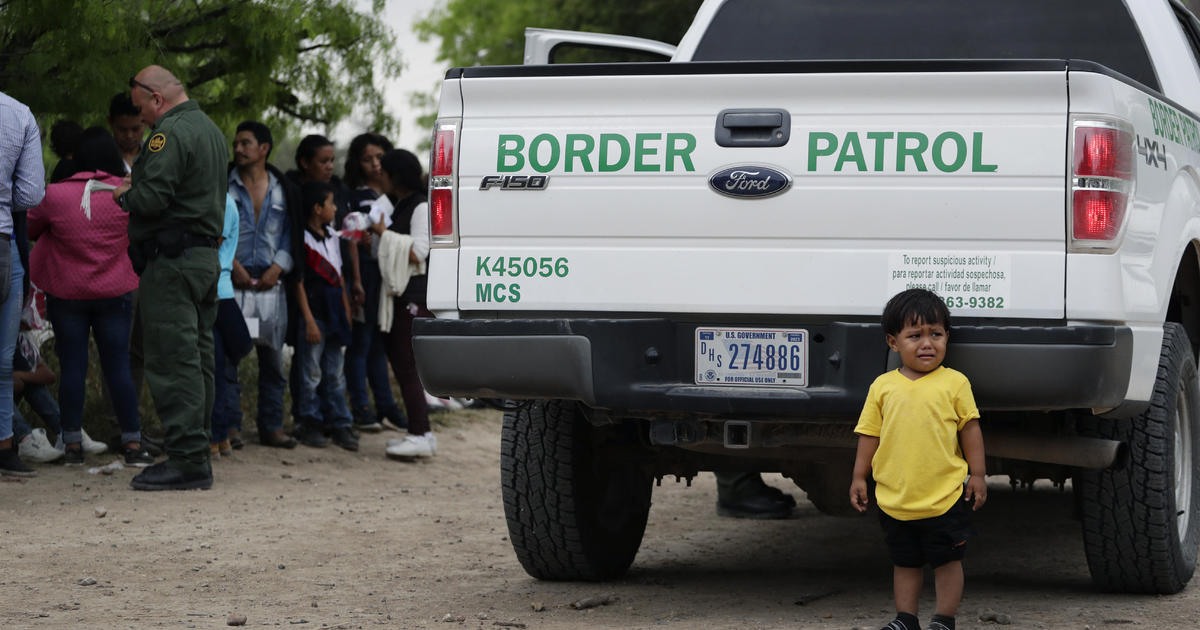 """Border apprehensions spike to 92,000 in March: """"We've arrived at the breaking point"""""""