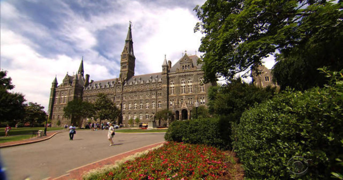 Georgetown University dating scene