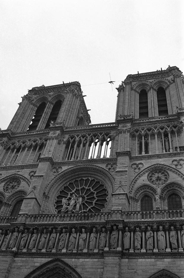 France Paris Philippe Petit Notre Dame