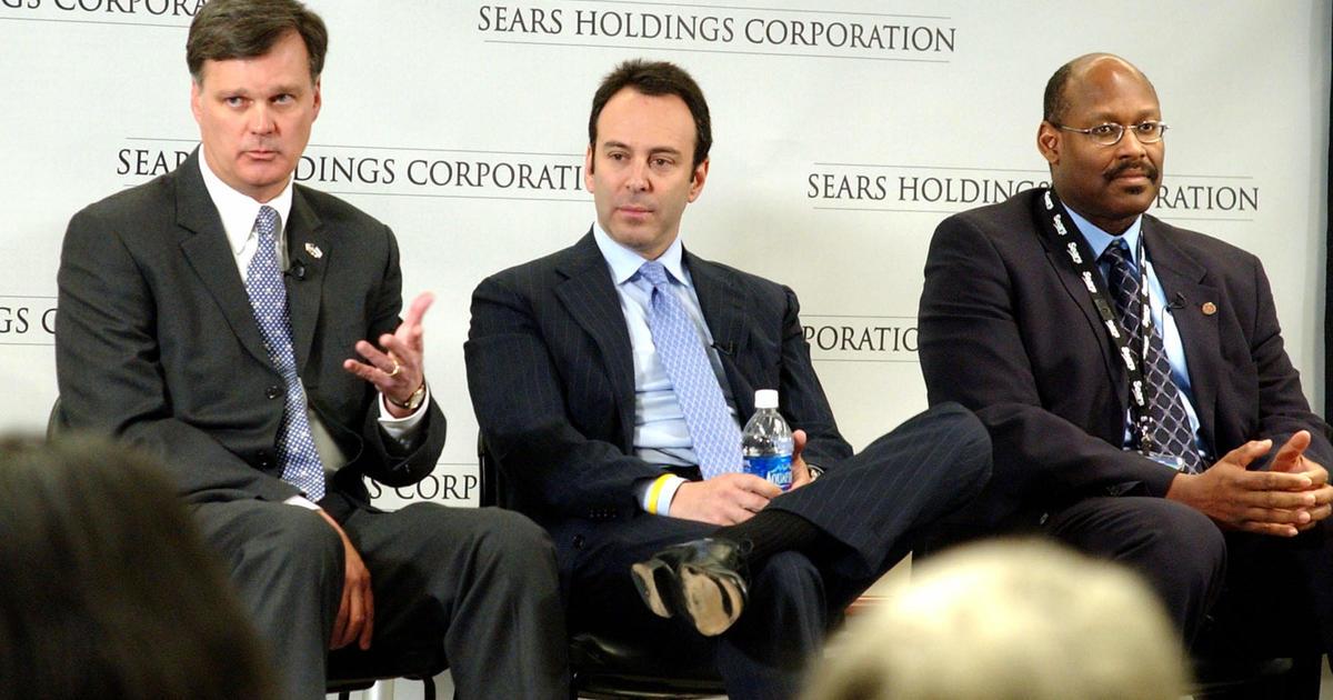 Following bankruptcy, Sears sues former chairman Eddie Lampert, alleging he stripped retailer of $2 billion