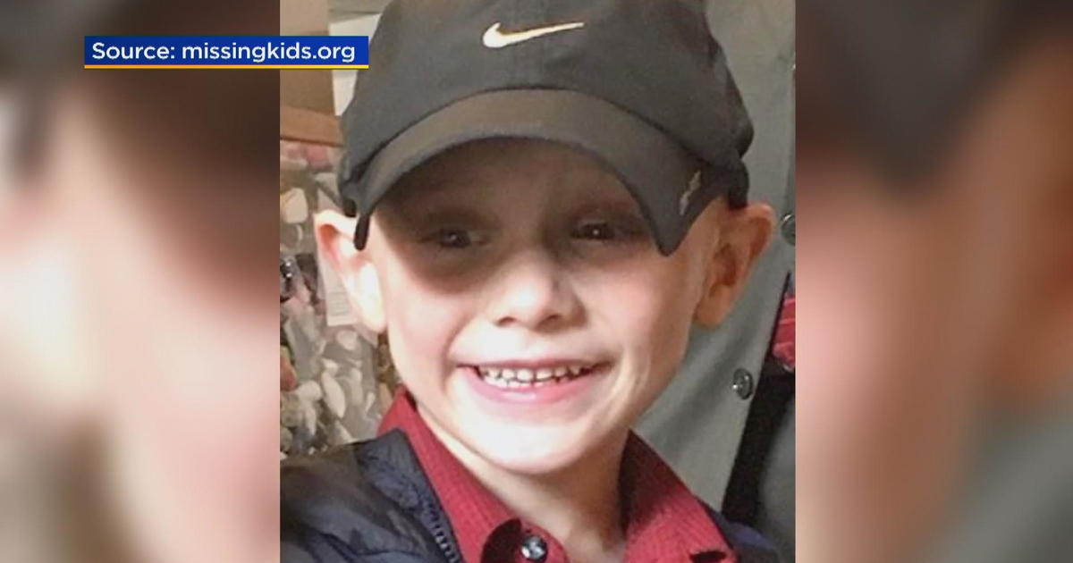 "Andrew ""A.J."" Freund missing: Desperate search for Crystal Lake, Illinois 5-year-old boy"